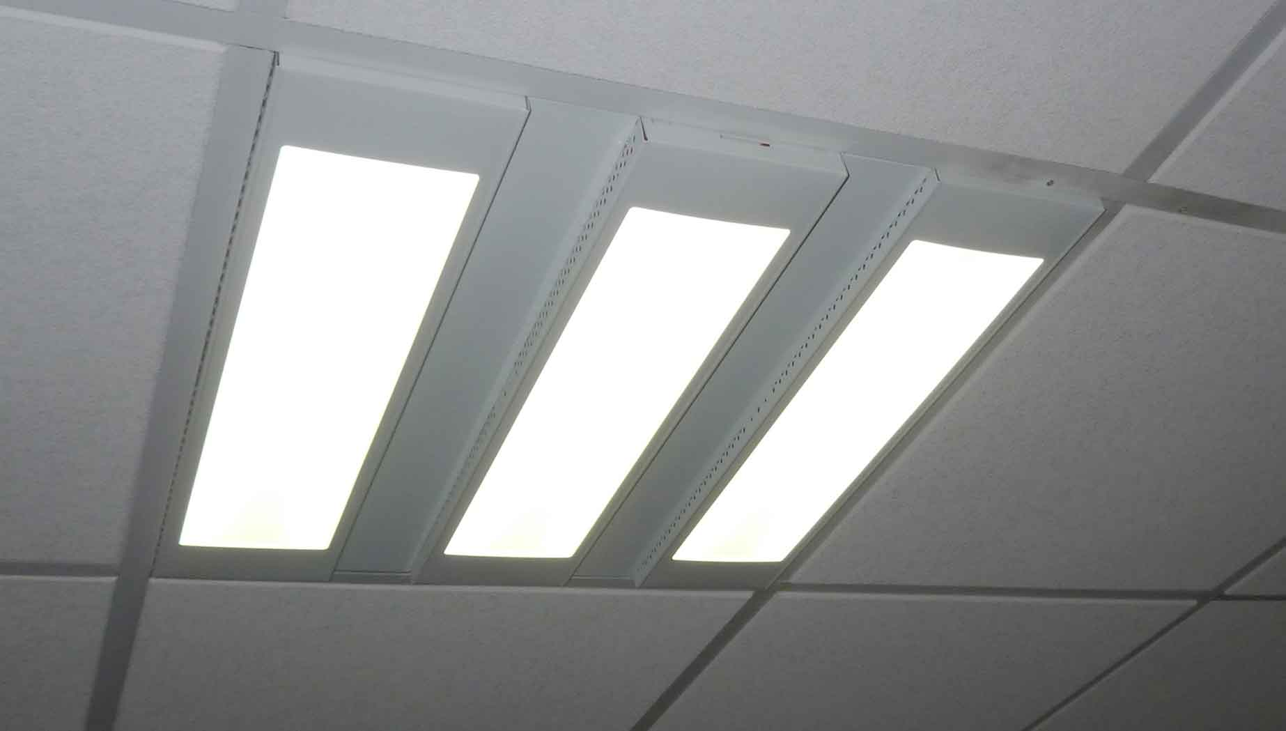 How-LED-Light-Panels-are-replacing-fluorescent-ceiling-light-options-and-retail-stores